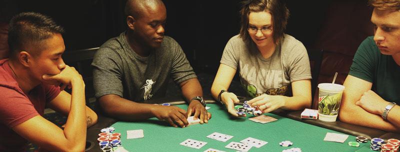 Casino game of poker